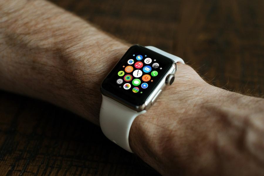 smart-watch-821559_1280